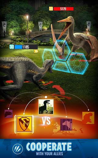Jurassic World Alive screenshot 3